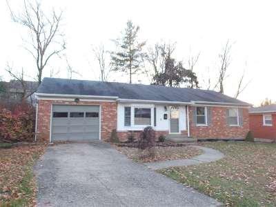 Erlanger Single Family Home For Sale: 4219 Lafayette Court