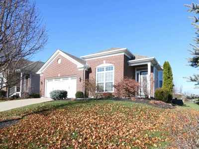 Erlanger Single Family Home For Sale: 846 Winbourne Court