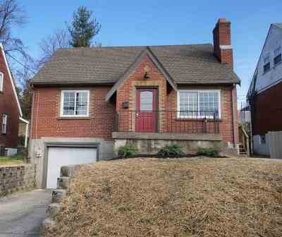 Bellevue Single Family Home For Sale: 927 Berry Avenue
