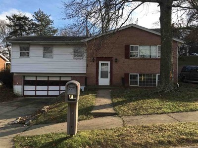 Single Family Home For Sale: 16 Boardwalk Street