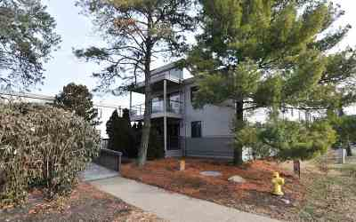 Condo/Townhouse For Sale: 103 Winding Way #G