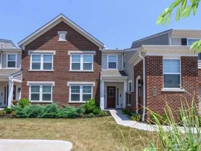 Burlington Condo/Townhouse For Sale: 4140 Country Mill Ridge #203