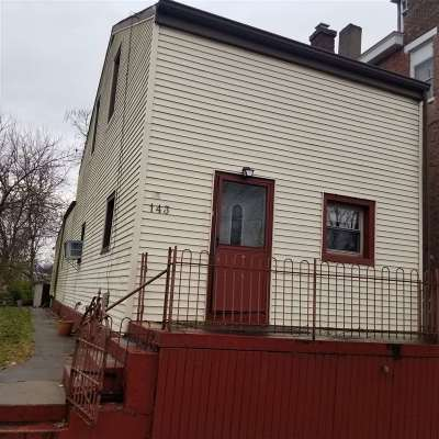 Kenton County Single Family Home For Sale: 143 W 21st Street