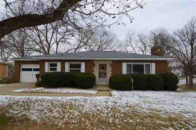 Taylor Mill Single Family Home For Sale: 708 Janet