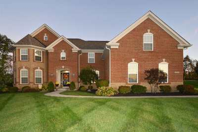 Boone County Single Family Home For Sale: 10705 Lucy Court