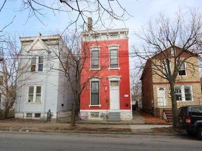 Kenton County Multi Family Home For Sale: 312 E 12th Street