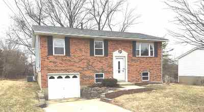 Florence, Erlanger Single Family Home For Sale: 18 Lexington Drive