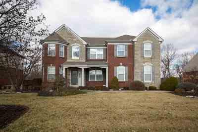 Erlanger Single Family Home For Sale: 876 Doeridge