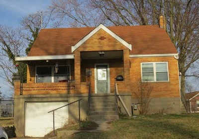 Elsmere Single Family Home For Sale: 11 Eastern
