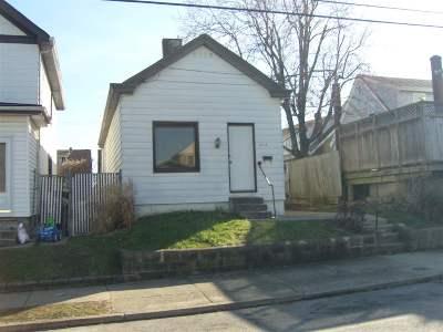 Covington Single Family Home For Sale: 707 Delmar Place