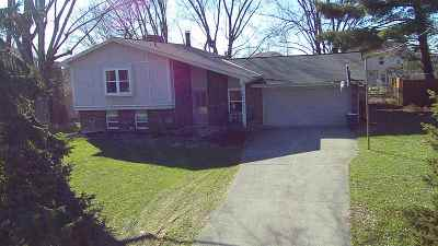 Boone County Single Family Home For Sale: 10053 Indian Hil Drive