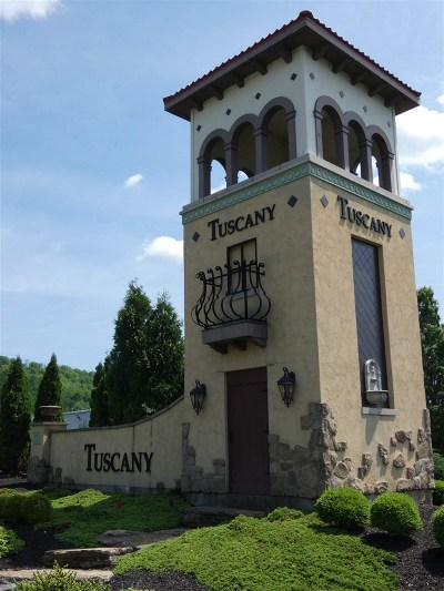 Covington Condo/Townhouse For Sale: 2227 Rolling Hills Drive