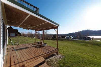 Gallatin County Single Family Home For Sale: 220 Paint Lick Road