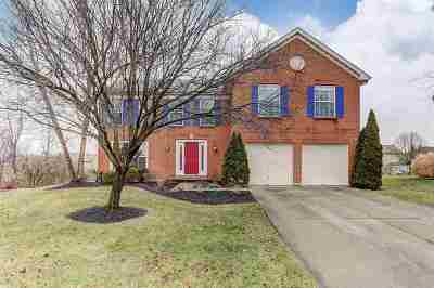 Crescent Springs Single Family Home For Sale: 665 Westerly Drive