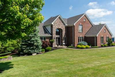 Boone County Single Family Home For Sale: 14445 Inverness Drive