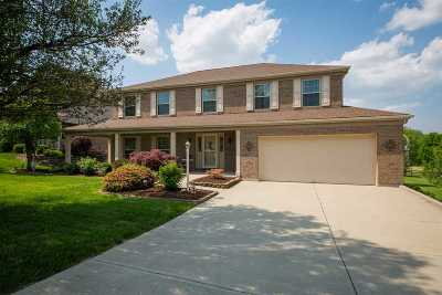 Erlanger Single Family Home For Sale: 1208 Brightleaf Boulevard