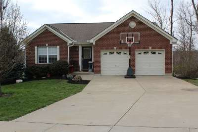 Boone County Single Family Home For Sale: 2768 Pebble Creek