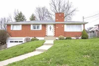 Villa Hills Single Family Home For Sale: 2590 Buttermilk