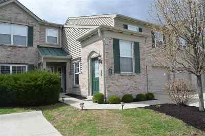 Boone County Condo/Townhouse For Sale: 2391 Twelve Oaks