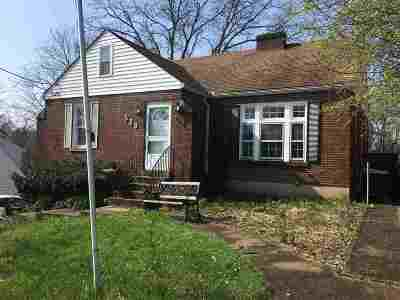 Single Family Home For Sale: 329 Highland Avenue