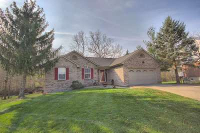 Florence Single Family Home For Sale: 8690 Silvercreek Court