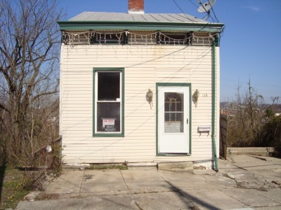 Newport Single Family Home For Sale: 135 W 13th Street
