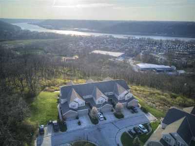 Kenton County Condo/Townhouse For Sale: 334 Riverbend Drive