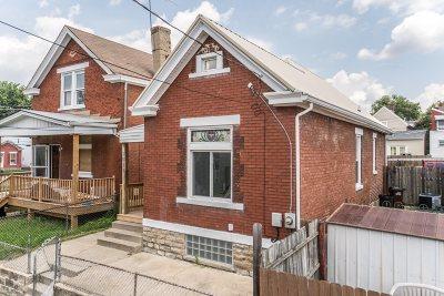 Newport Single Family Home For Sale: 1011 Hamlet Street