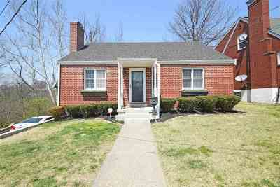 Fort Thomas KY Single Family Home For Sale: $219,900