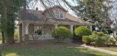 Burlington Single Family Home For Sale: 5953 N Jefferson