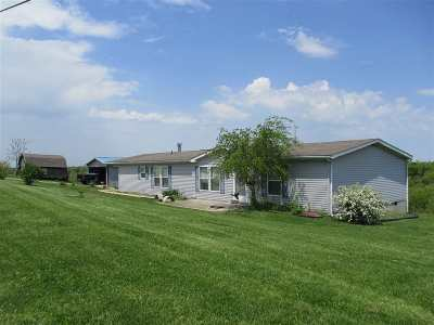 Pendleton County Single Family Home For Sale: 5709 Lenoxburg