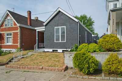Bellevue Single Family Home For Sale: 129 Ward Avenue