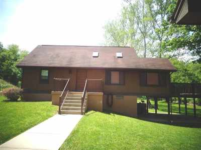 Boone County Single Family Home For Sale: 1066 Beaver Road