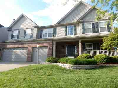 Boone County Single Family Home For Sale: 1157 Abbington Drive