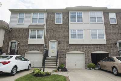 Union Condo/Townhouse For Sale: 922 Oakmont Court