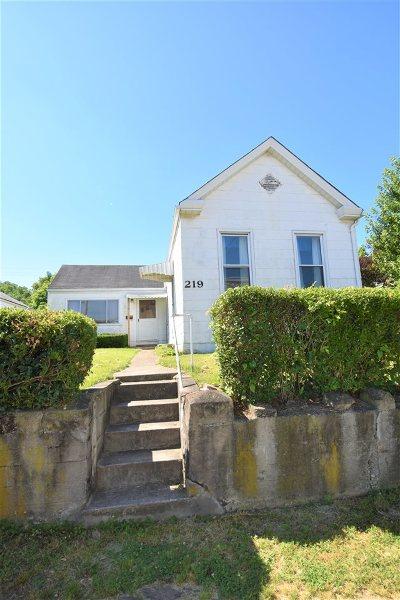 Ludlow Single Family Home For Sale: 219 Oak Street