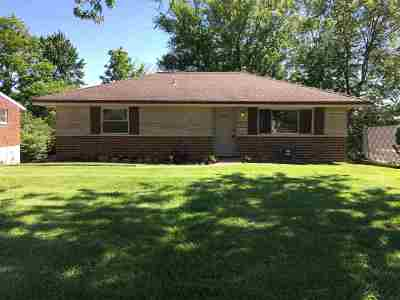 Erlanger Single Family Home For Sale: 672 Maple Tree