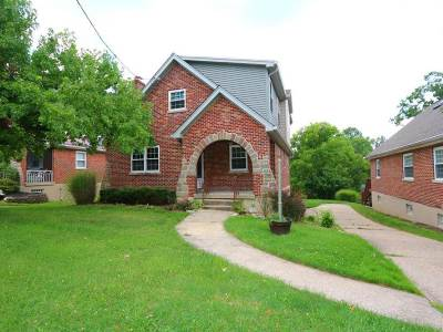 Fort Mitchell, Fort Wright Single Family Home For Sale: 23 Augusta Avenue