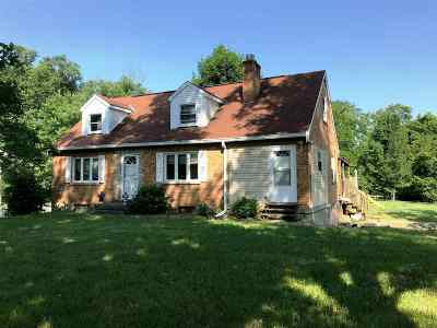 Kenton County Single Family Home For Sale: 718 Winston Hill Dr.