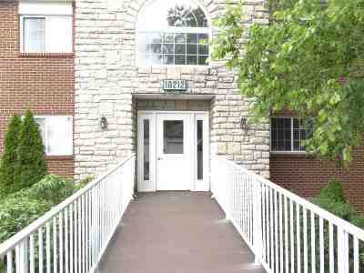 Boone County Condo/Townhouse For Sale: 10212 Crossbow Court #12