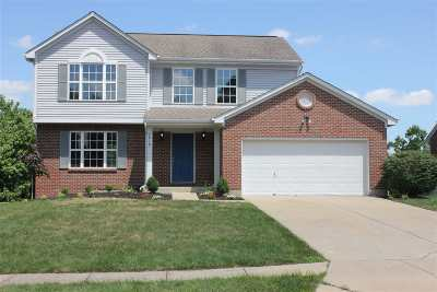 Burlington Single Family Home For Sale: 2819 Coachlight