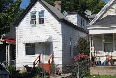 Single Family Home For Sale: 1530 St. Clair