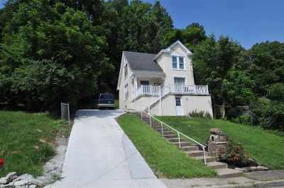 Newport Single Family Home For Sale: 57 Kentucky Drive