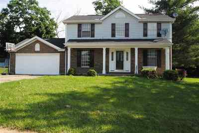 Boone County, Campbell County, Kenton County Single Family Home For Sale: 300 Chelsea Square