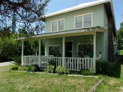 Pendleton County Single Family Home For Sale: 16507 Highway 10 N