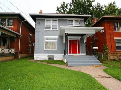 Single Family Home For Sale: 214 Byrd Street