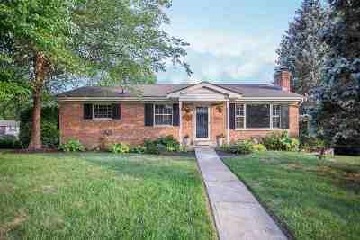 Villa Hills Single Family Home For Sale: 662 Lakeshore Drive