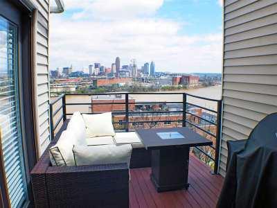 Covington Single Family Home For Sale: 1232 Riverview Place