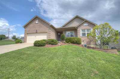 Boone County Single Family Home For Sale: 6366 Beecher Court