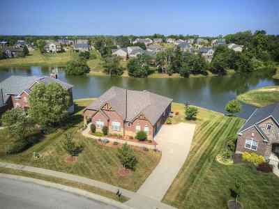 Boone County Single Family Home For Sale: 2602 Twin Hills Court
